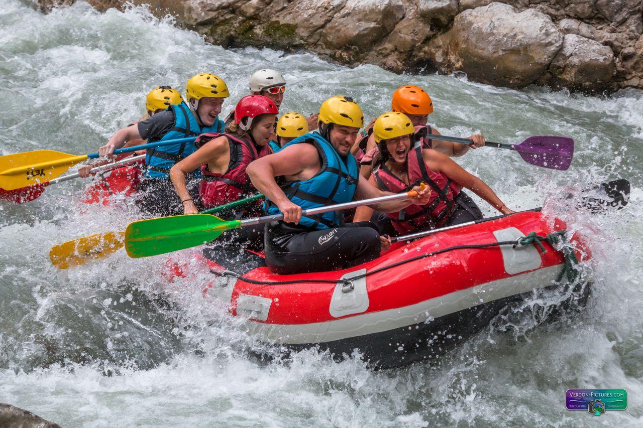Rafting dans le Verdon en famille